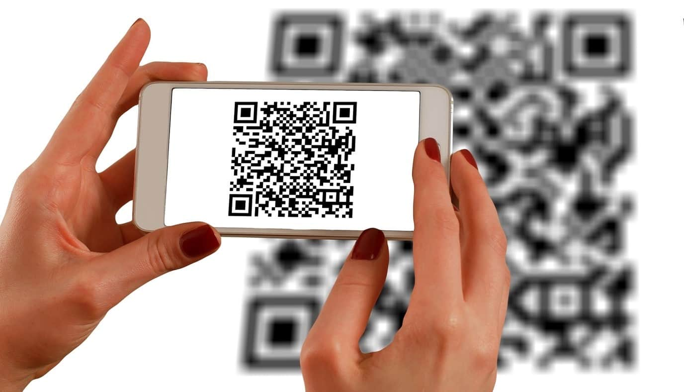 content/es-mx/images/repository/isc/2020/9910/a-guide-to-qr-codes-and-how-to-scan-qr-codes-1.jpg