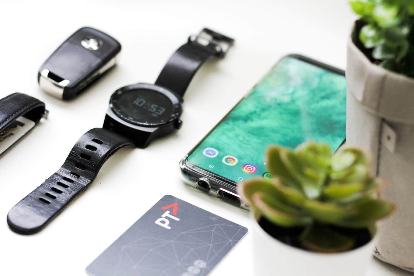 content/es-mx/images/repository/isc/2020/9910/should-you-worry-about-smartwatch-security-1.jpg