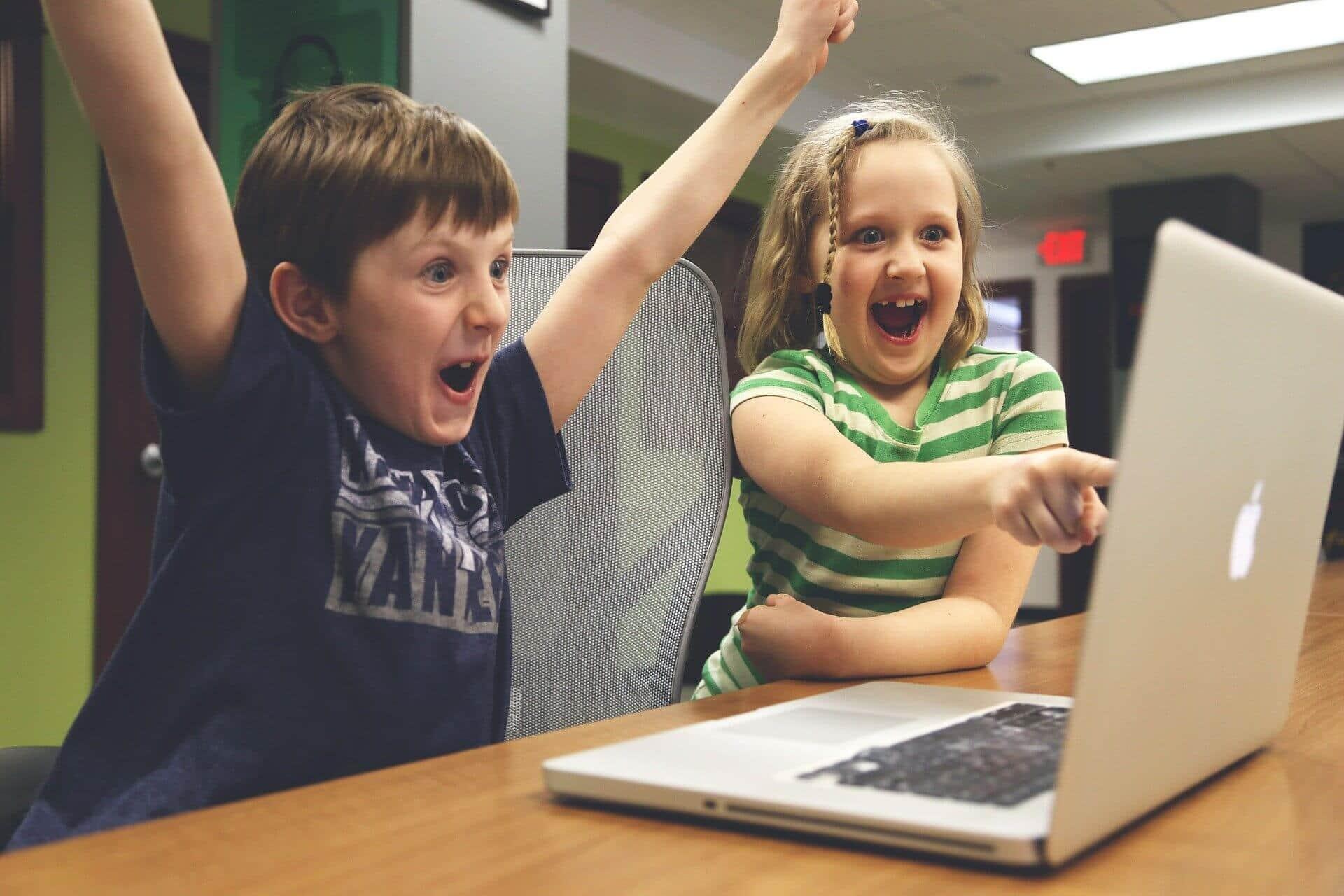 los peligros de publicar fotos de tus hijos en las redes sociales